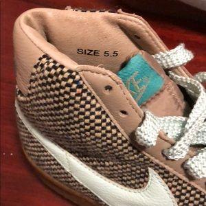 Women's Nike Air Blazer Mid 73 Premium Tweed